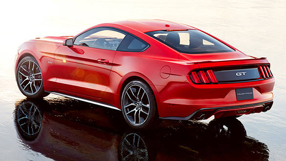 Ford-Mustang-(2)