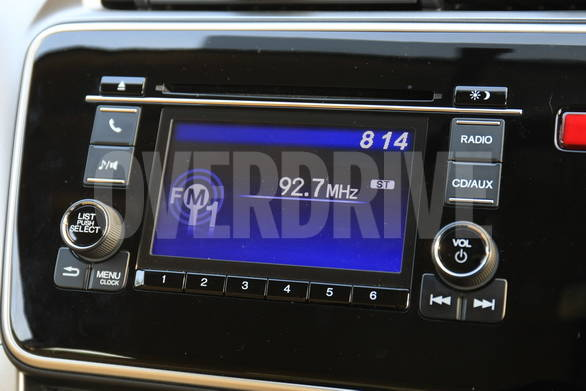 The 5 inch touchscreen music system is standard in the top end variant and offers CD/AUX/USB support. The screen is also the reverse camera display.