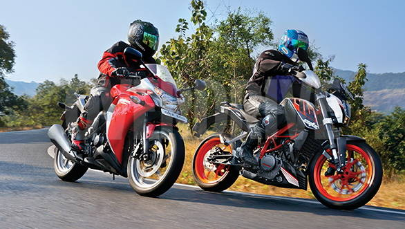 2013 KTM 390 Duke vs Honda CBR250R ABS in India