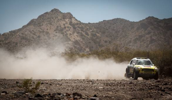Nani Roma takes over the overall lead in the car category of the 2014 Dakar Rally after the third stage