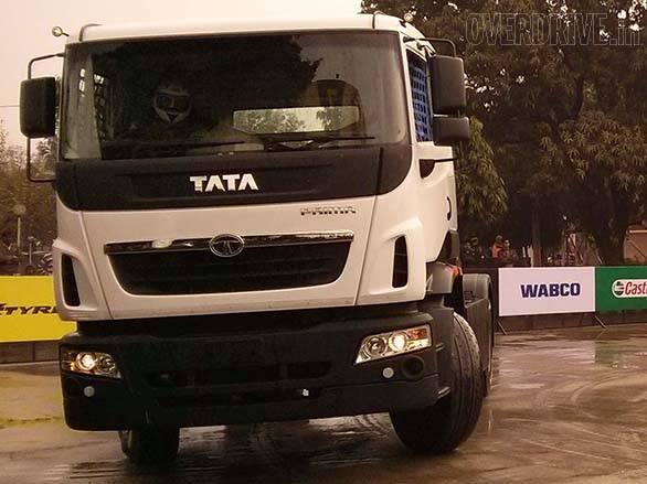 Tata Prima racing truck (4)
