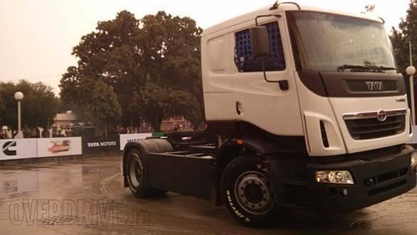 Tata Prima racing truck (7)