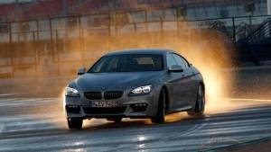 BMW builds a self-driving car... and it drifts