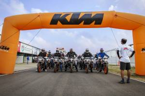 KTM track day for 390 owners held at the MMST