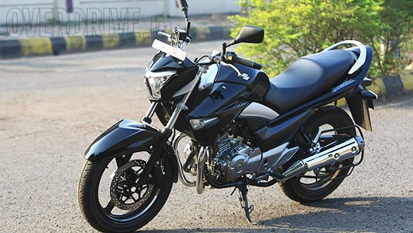 Suzuki Inazuma GW250 (15)