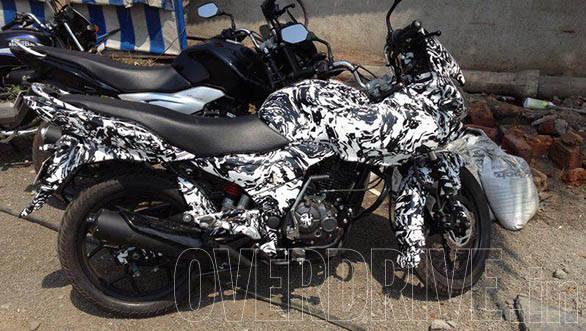 Bajaj Discover F150 (2)