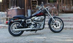Harley-Davidson SuperLow 1200T and Dyna Low Rider official videos, pictures and specs