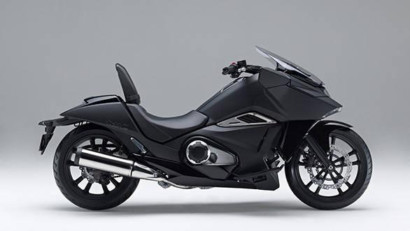Honda-NM4-Vultus-1