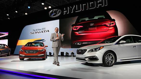 2015 Hyundai Sonata (1)