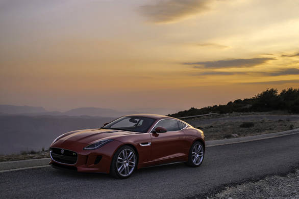 Jaguar F-type Coupe (4)