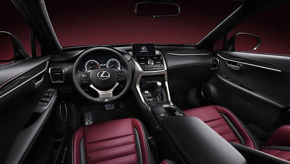 Lexus NX int