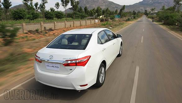 2014 Toyota Corolla (17)