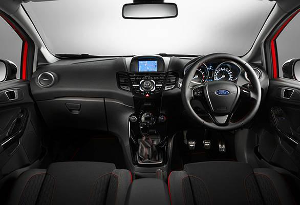 Ford-Fiesta-Zetec-(1)