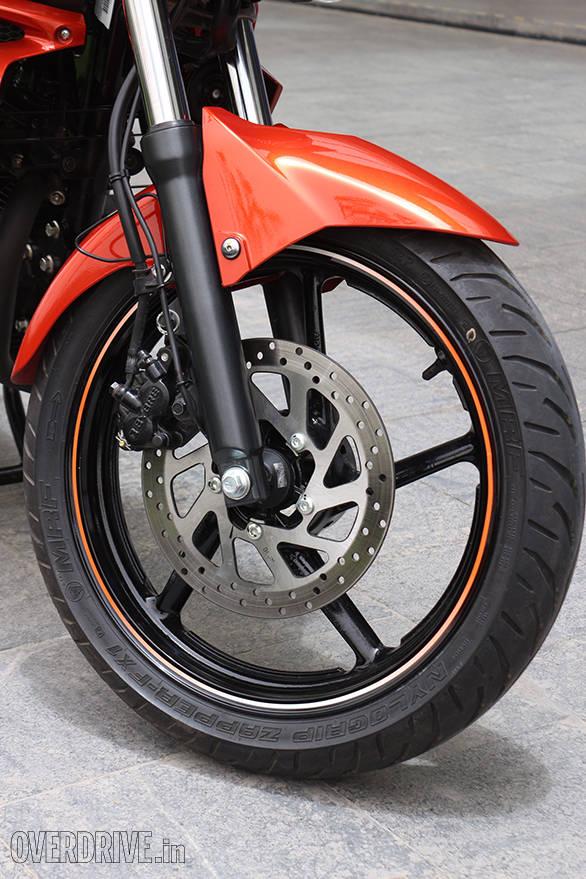 Yamaha FZ FI  (1)