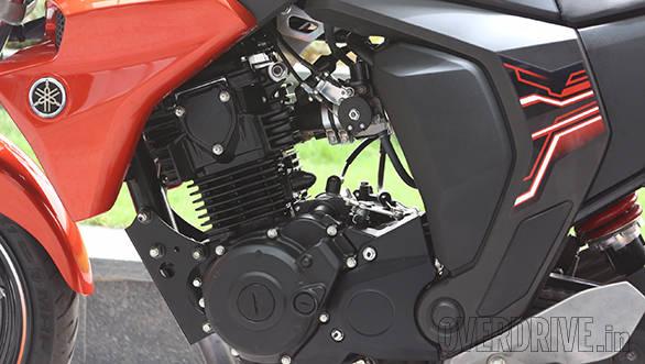 Yamaha FZ FI  (2)