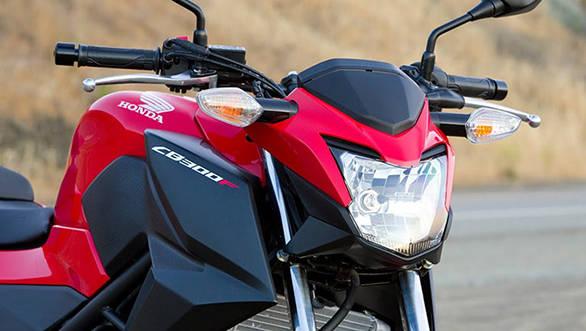 Honda CB300F_2015_05
