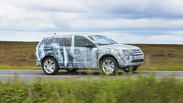 Land_Rover_Discovery_Sport_(4)