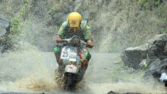 Four-time winner Manjit Singh Bassan won in the up to 160cc 2-stroke class
