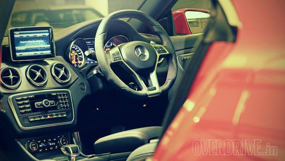 Mercedes-Benz CLA 45 AMG (8)