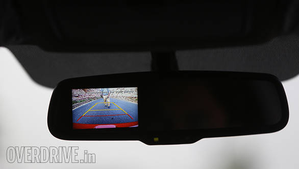 The i20 continues to get the RVM integrated reversing camera