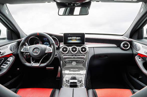 Mercedes C63 AMG 3