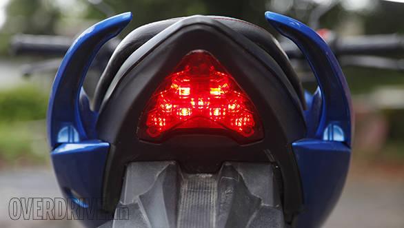 Suzuki Gixxer (7)
