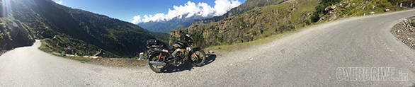 The climb to Rohtang
