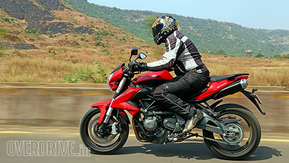 The BN sits you in a forward leaned crouch that feels completely natural and isn't hard to stay in even for longer rides. We didn't try it on our short ride but we believe the pillion pad will also prove useable