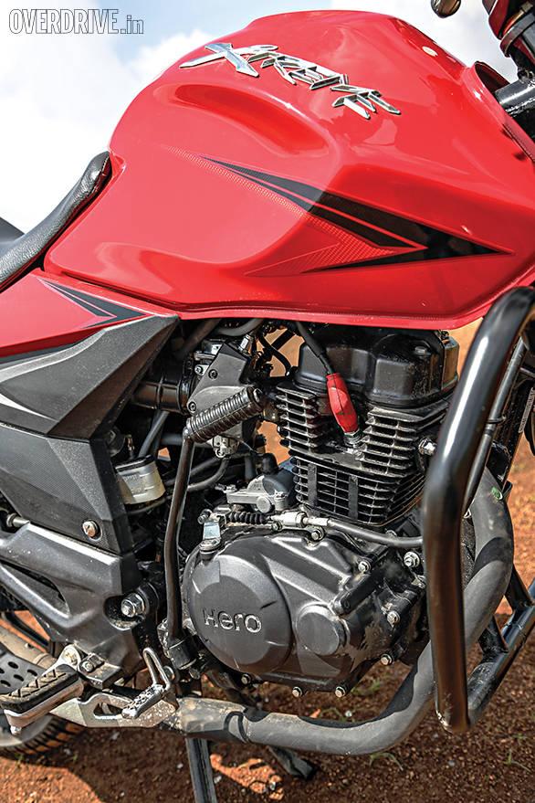 Suzuki Gixxer comparo (8)
