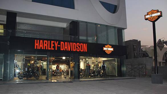 Diamond City Harley-Davidson Surat Dealership