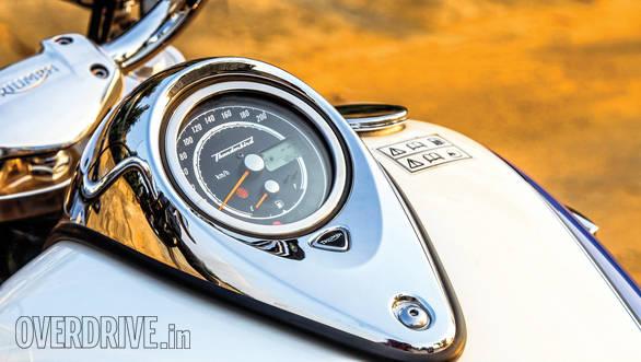 Triumph Thunderbird LT  (5)
