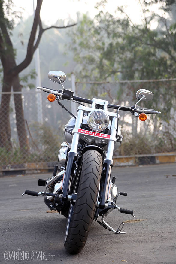 The skinny 21-inch front wheel and the straight handlebar look is a classic drag-inspired cruiser one-two knockout punch