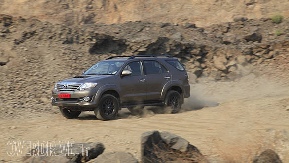 2015 Toyota Fortuner 3.0l 4x4 automatic (5)