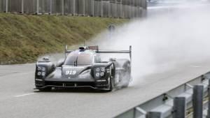 New Porsche 919 Hybrid LMP1 begins tests on track