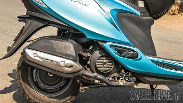 Mahindra Gusto vs Suzuki Let's vs TVS Scooty Zest (10)