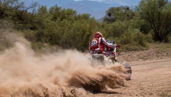 Unstoppable looks Rafal Sonic at the 2015 Dakar