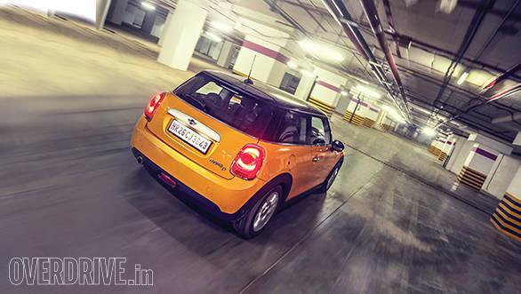 2014 Mini Cooper D 3-door (3)