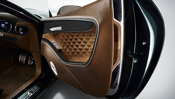Like the rest of the interior, the rear has been trimmed by the master craftsmen at Bentley in the highest quality Poltrona Frau leather.