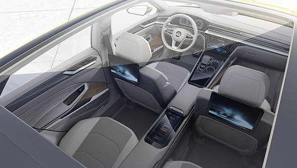 The Sport Coupé Concept GTE also sets standards with its interior: clear design, ergonomic perfection and new interactive interfaces between human and machine create an avant-garde atmosphere inside the coupé.