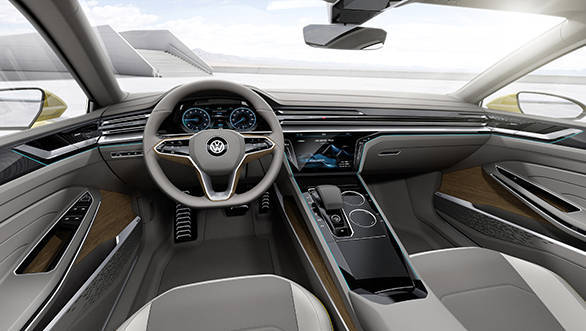 The interior carry clear design, ergonomic perfection and new interactive interfaces between human and machine create an avant-garde atmosphere inside the coupé.