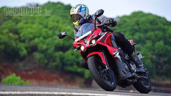Bajaj Pulsar RS200 road test review