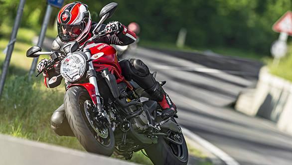 Ducati Monster 821 (16)