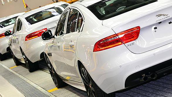 Jaguar-XE-enters-production