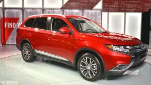 2015 New York Auto Show: New Mitsubishi Outlander unveiled