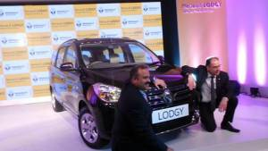 Renault Lodgy MPV launched in India at Rs 8.19 lakh