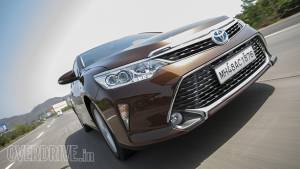 2015 Toyota Camry Hybrid first drive review