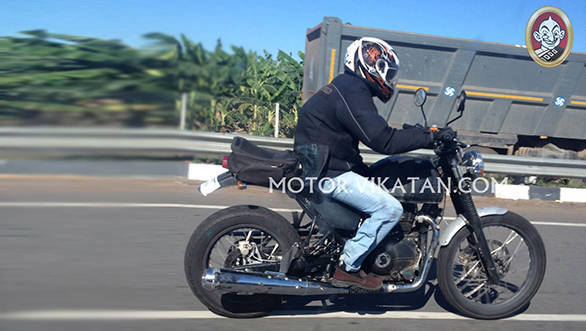 royal-enfield-himalayan-adventure-spied-2