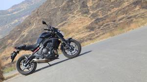 Kawasaki and Honda dealers in India offer heavy discounts on select motorcycles