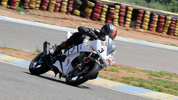 Kishore VS who grabbed pole position in the Group D Novice (165cc) class
