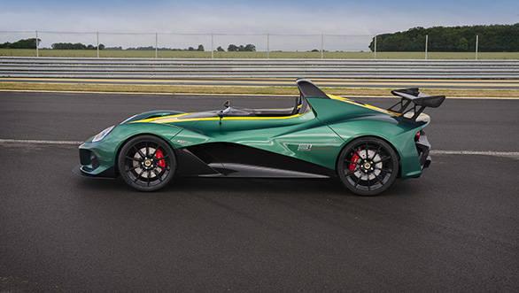 Lotus 3-Eleven (2)